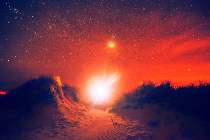 Dunes Night red 2014 Lasse Hoile